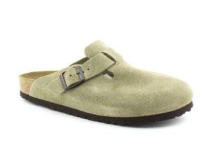 Birkenstock Boston in Taupe on an angle