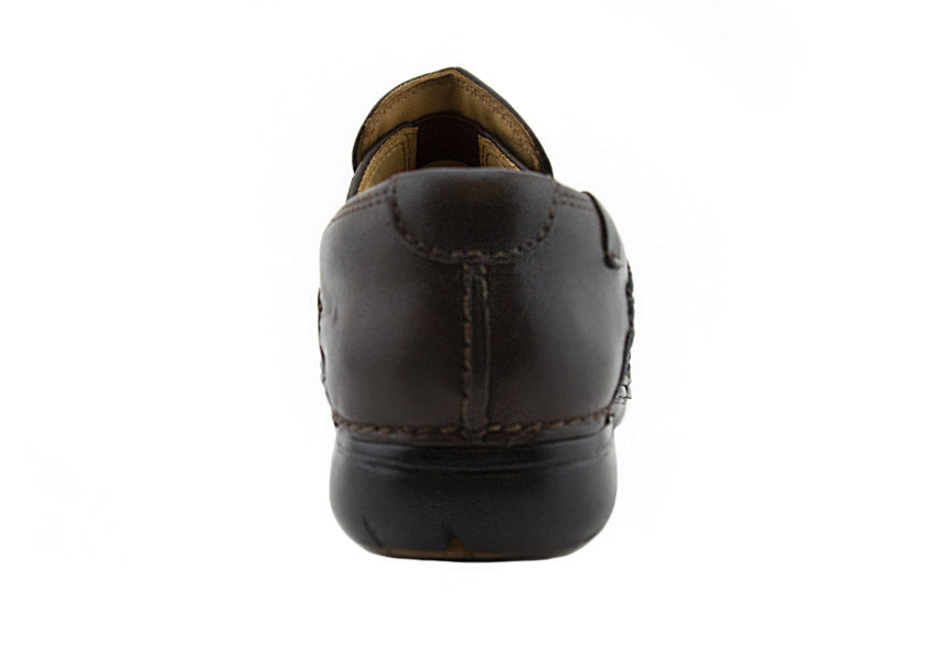 clarks Un Loop brown leather back profile